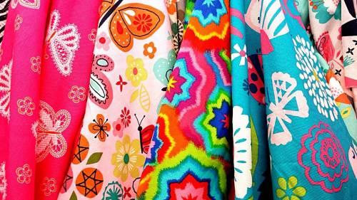 Moda: i tessuti migliori da indossare in primavera ed estate