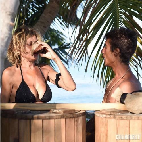 Eva Grimaldi, le foto sexy 2