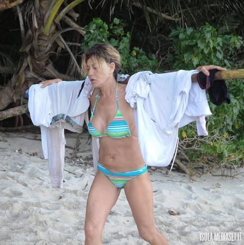 Eva Grimaldi, le foto sexy 23