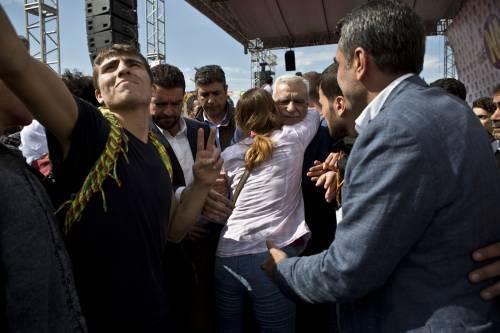 """L'Hdp filo-curdo in piazza per il """"no"""" a Batman 3"""