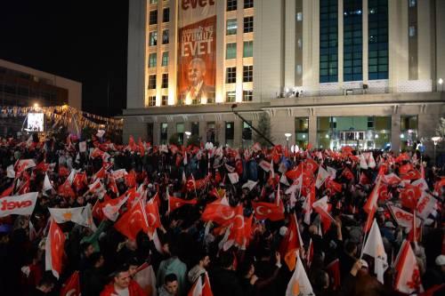 Ad Ankara la festa di chi sostiene Erdogan 4