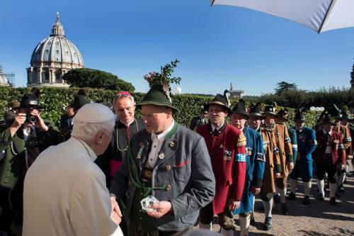 La festa dei 90 anni di Benedetto XVI 6