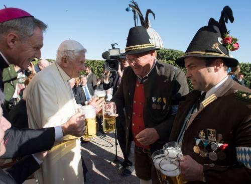La festa dei 90 anni di Benedetto XVI 7