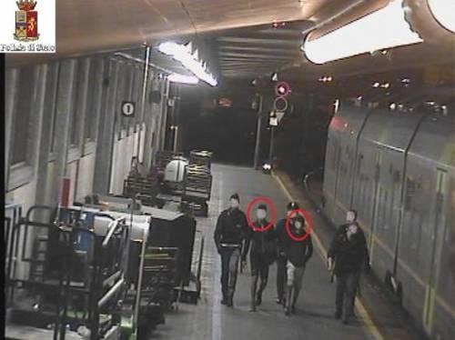 Pasqua da incubo sul treno: in ostaggio di 60 magrebini minorenni