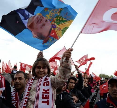 """Ankara festeggia il """"sì"""" al presidenzialismo 3"""