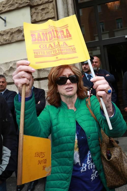 L'ultimo saluto a Gianni Boncompagni: la camera ardente è aperta al pubblico 3