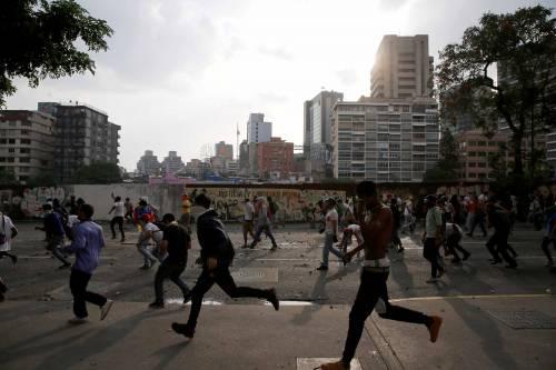 Duri scontri in Venezuela 2