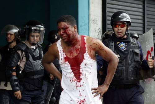 Duri scontri in Venezuela 10