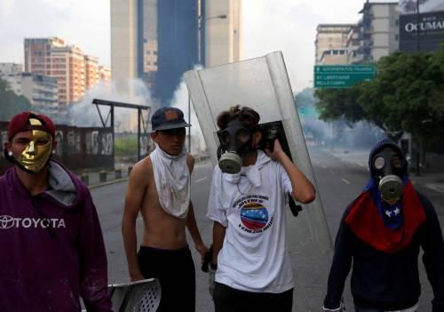 Duri scontri in Venezuela 14