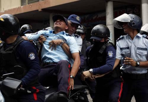 Duri scontri in Venezuela 17