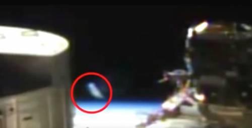 """""""Quell'oggetto apparso nella diretta Nasa è un Ufo"""""""