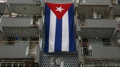 E a Cuba Castro arresta chi parla dell'uragano