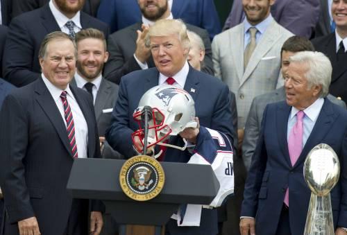 Primi cento giorni, Trump delude gli americani. Ma la prossima settimana può arrivare la svolta