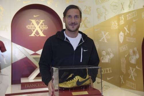 Le nuove scarpe di Totti 4