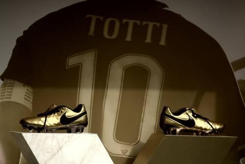 Le nuove scarpe di Totti 1