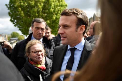 Macron contestato dagli operai Whirlpool 8