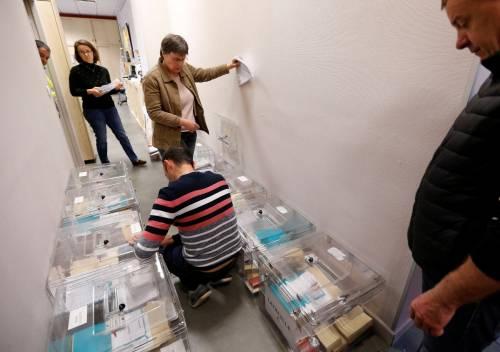 Urne aperte per il voto francese 8