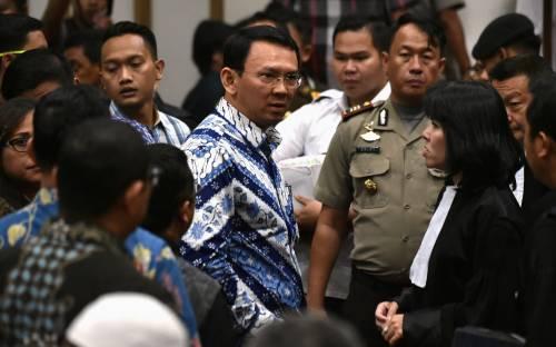 Indonesia, governatore cristiano in carcere per blasfemia