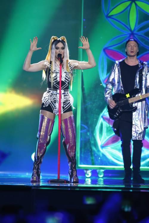 Eurovision Song Contest, i look hot: prima semifinale e prove 16