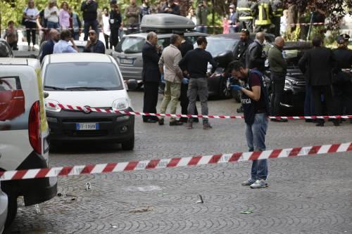 Roma, esplosione in strada: ordigno rudimentale nel parcheggio delle Poste 3