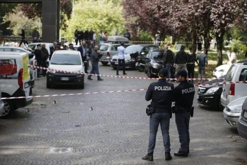 Roma, esplosione in strada: ordigno rudimentale nel parcheggio delle Poste 13