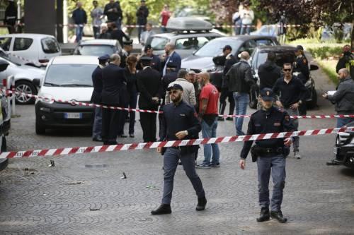 Roma, esplosione in strada: ordigno rudimentale nel parcheggio delle Poste 14