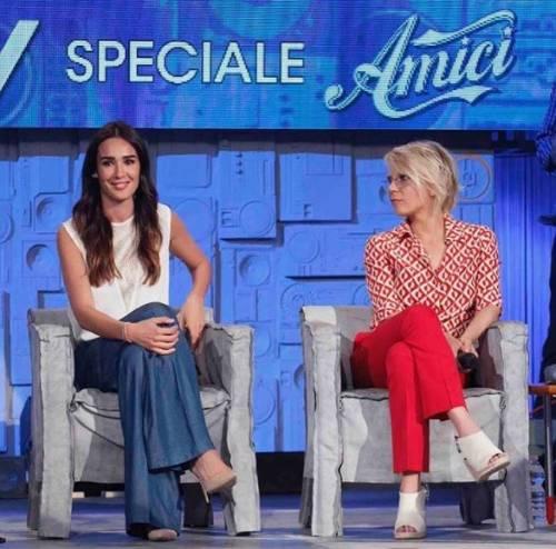 """Verissimo, Maria De Filippi in studio per lo speciale Amici: """"Morgan è stata una bella sfida"""""""