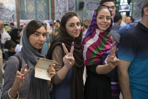 L'Iran al voto per scegliere il prossimo presidente 5