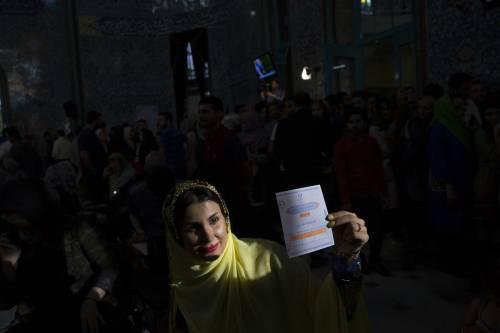 L'Iran al voto per scegliere il prossimo presidente 7