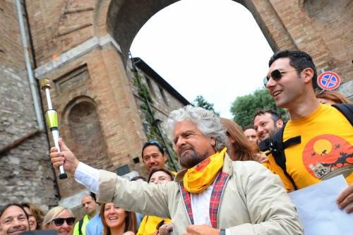 Beppe Grillo in marcia per il reddito di cittadinanza 9