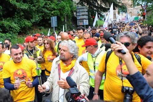 Beppe Grillo in marcia per il reddito di cittadinanza 11