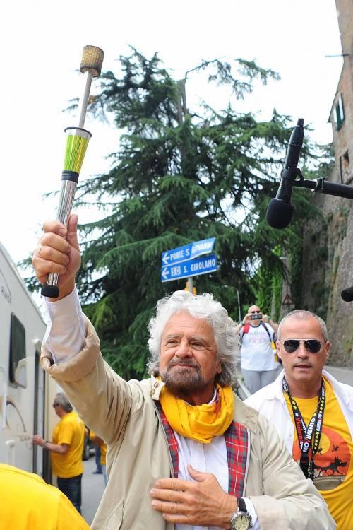 Beppe Grillo in marcia per il reddito di cittadinanza 2