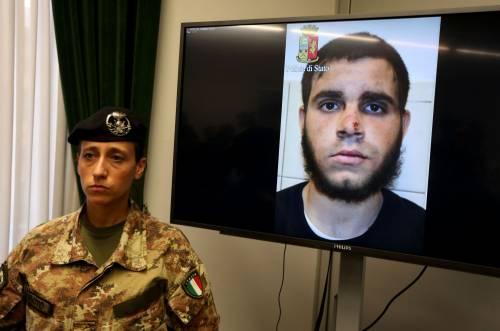 Accoltellò i militari in stazione a Milano: pena ridotta per il tunisino