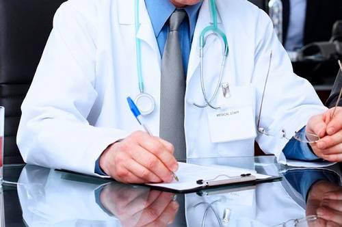 """Medici di base in ferie senza sostituto: """"11 milioni senza cure"""""""
