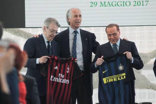 Berlusconi e Moratti premiati da Maroni