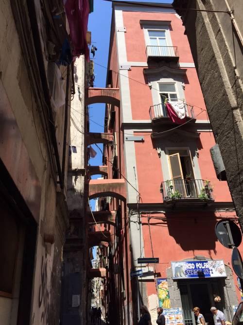 Napoli, il quartiere della Forcella 4