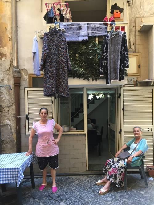 Napoli, il quartiere della Forcella 15