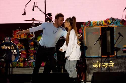 Ariana Grande solidale per Manchester 18
