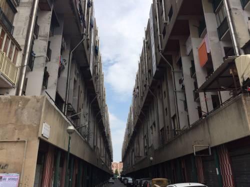 """San Giovanni a Teduccio, il """"Bronx"""" di Napoli 18"""