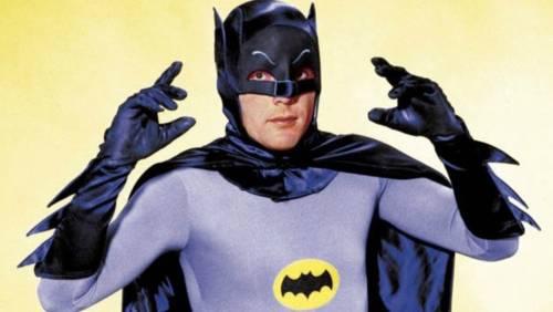 È morto Adam West, Batman della serie tv anni '60