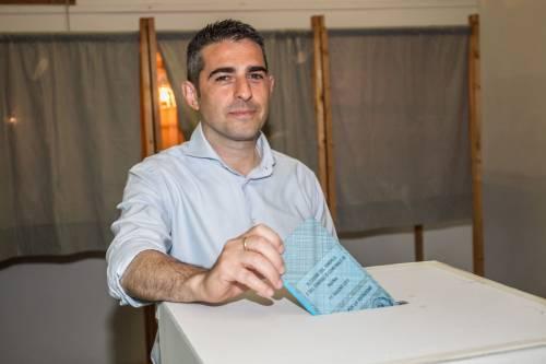 Parma, Pizzarotti e Scarpa al ballottaggio. Flop M5S