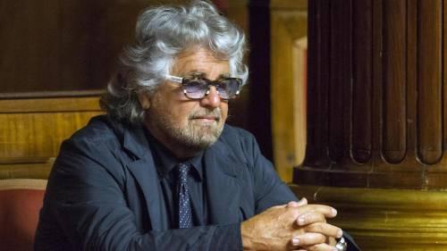 Rivoluzione d'ottobre: Grillo prepara l'addio M5s in mano a Casaleggio
