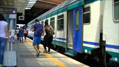 Sassari, capotreno aggredita e palpeggiata sul treno