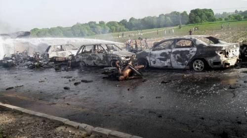 Pakistan, 146 morti nell'incidente a un'autocisterna 3