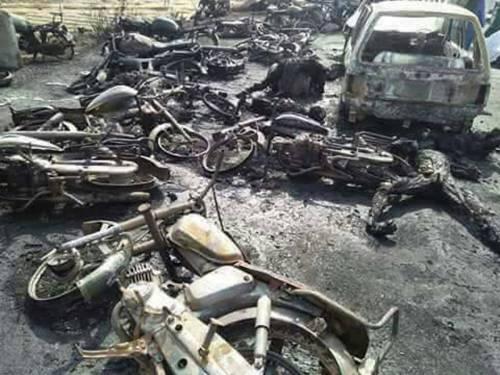 Pakistan, 146 morti nell'incidente a un'autocisterna 10
