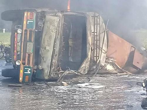 Pakistan, 146 morti nell'incidente a un'autocisterna 16