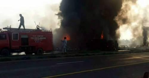 Pakistan, 146 morti nell'incidente a un'autocisterna 17