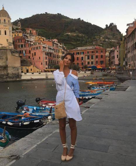Emily Ratajkowski e la sua estate bollente in Italia 8