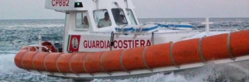 L'arma di Delrio: Guardia Costiera come taxi dei volontari
