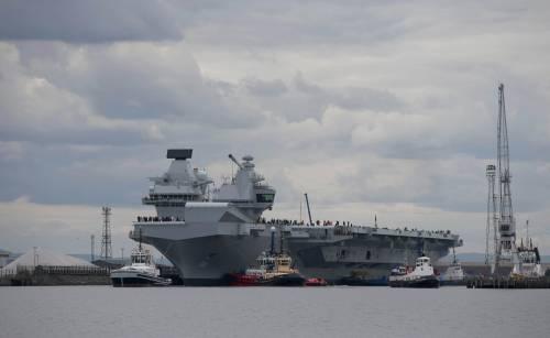 La Queen Elizabeth prende il mare 5